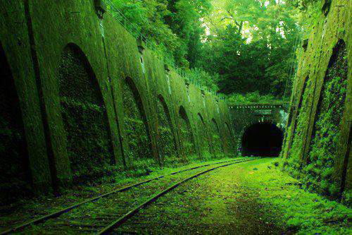 1682492-slide-slide-8-beautiful-abandoned-places-and-modern-ruins