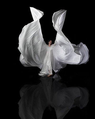 20081002_pid43984_aid43981_dance3_w400