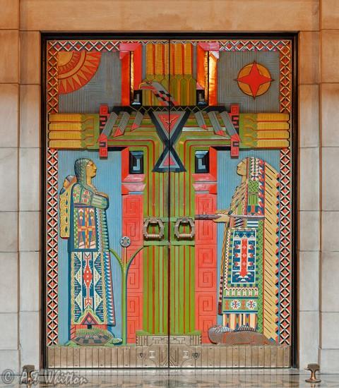 nebraska-state-capitol-building-doors-480x550