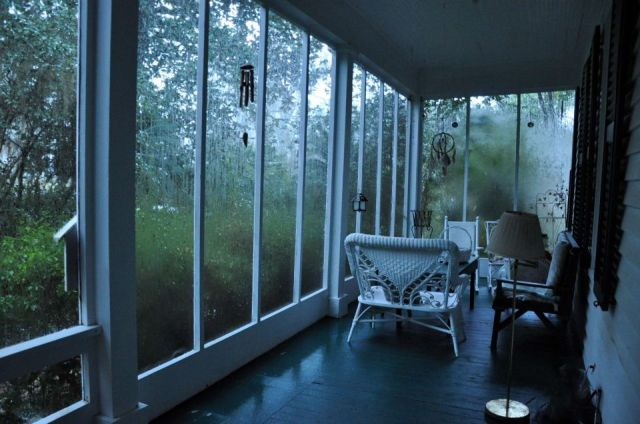 08b.Front_porch_in_rain