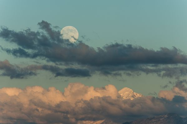your-supermoon-pictures-2013-mt-blanc-switzerland_68739_600x450