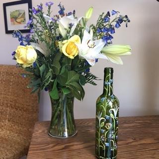 pilips bottle and bouquet